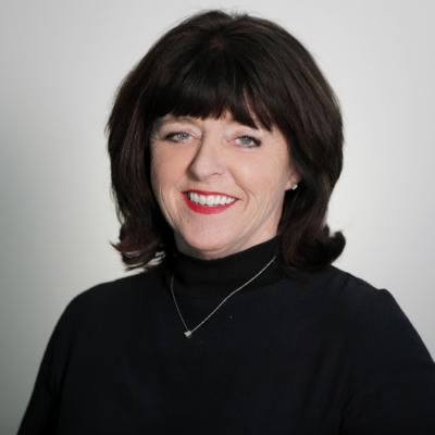 Donna Harding Headshot